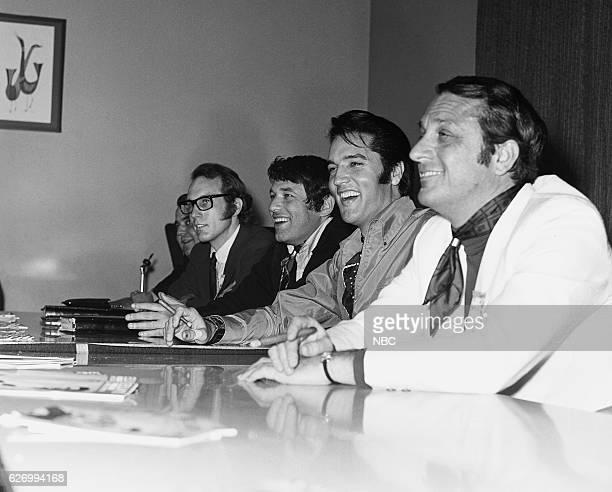 '68 COMEBACK SPECIAL Pictured Producer Bones Howedirector Steve Binder Elvis Presley executive producer Bob Finkel during a press conference for the...