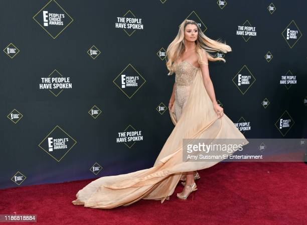 Raquel Leviss arrives to the 2019 E People's Choice Awards held at the Barker Hangar on November 10 2019 NUP_188989