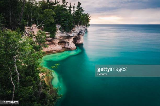 pictured rocks - pictured rocks national lakeshore stock pictures, royalty-free photos & images