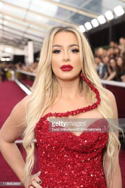 Tana Mongeau arrives to the 2019 E People's Choice Awards held at the Barker Hangar on November 10 2019 NUP_188990