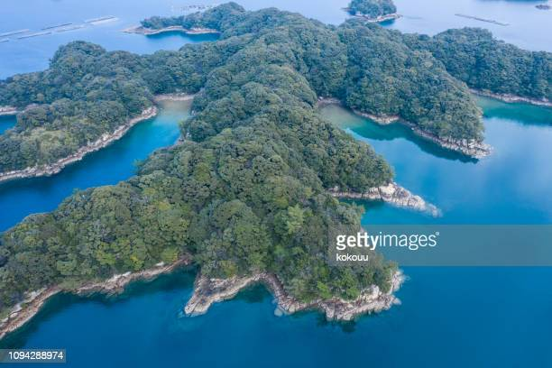 pictures of nature's rich ocean and island - land feature stock pictures, royalty-free photos & images