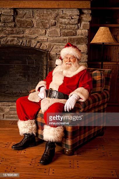 Fotografias do Real Pai Natal relaxante em Casa
