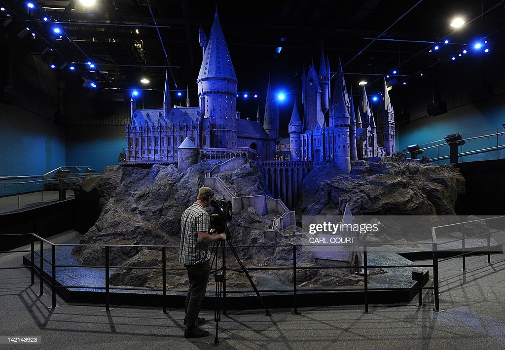 Harry Potter Cameraman : Behind the lens cinesite s magic touch with harry potter and the