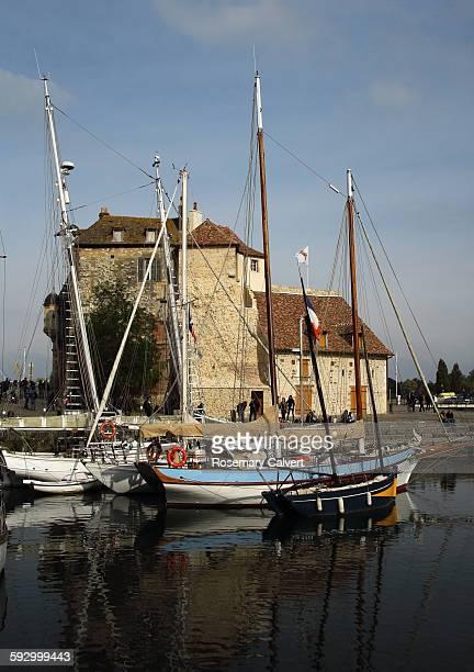 Picturesque Lieutenancy building and boats.