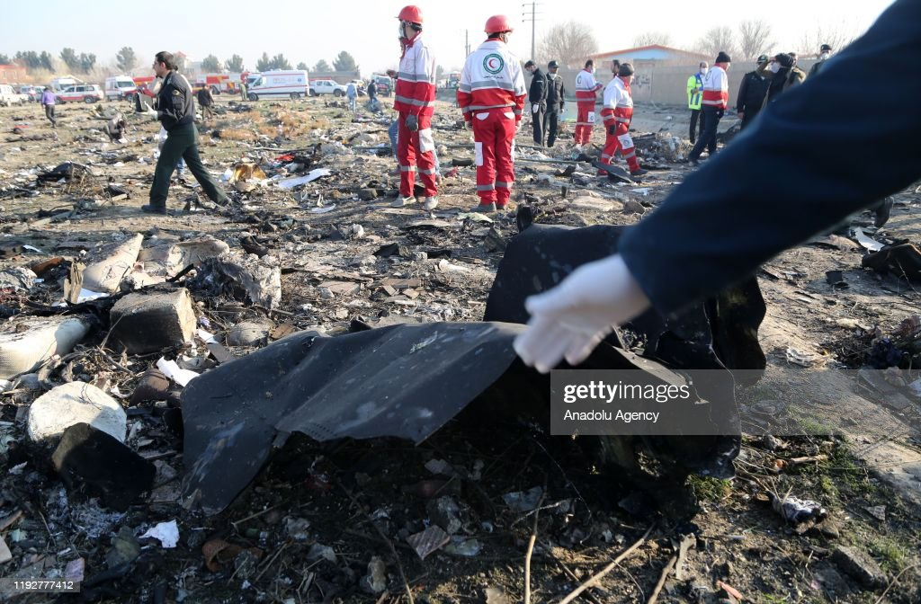 All passengers, crew members killed in Iran plane crash : ニュース写真