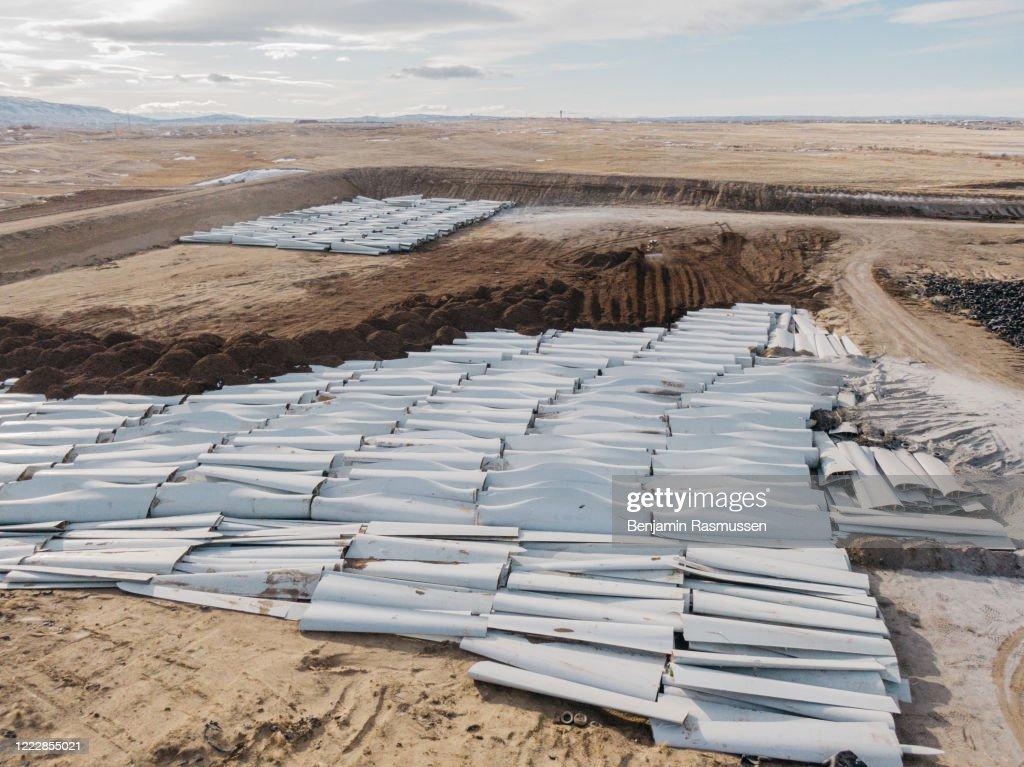 Wyoming's Wind Turbine Graveyard : News Photo
