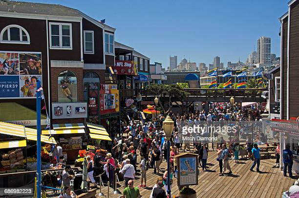 pier 39 in san francisco - fishermans wharf stock pictures, royalty-free photos & images