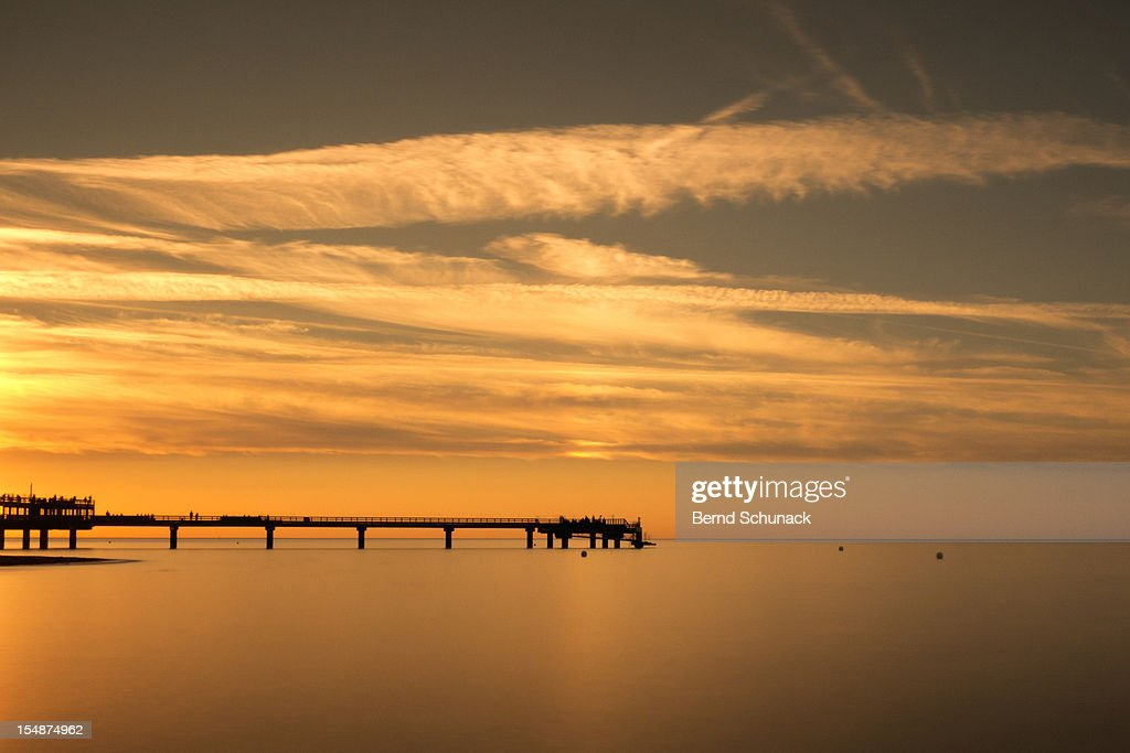 Pier At Sunset : Stock-Foto