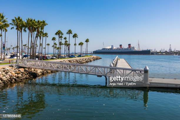 pier on sea against sky - la waterfront stock pictures, royalty-free photos & images