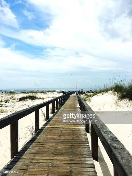 pier on sea - gulf shores alabama stock pictures, royalty-free photos & images
