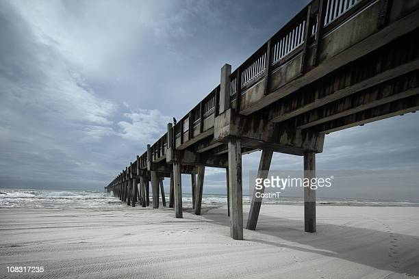 pier on the beach in pensacola, florida. - pensacola beach stock pictures, royalty-free photos & images