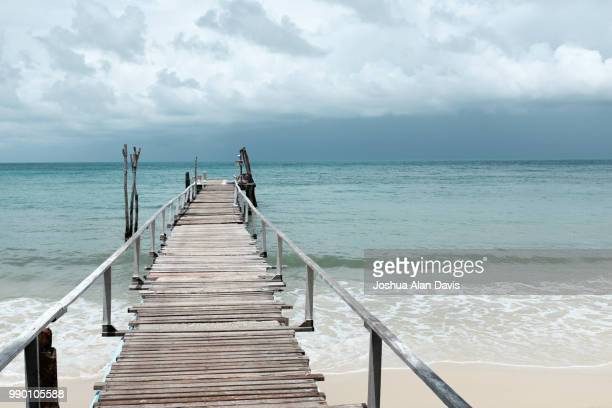 pier - joshua alan davis stock pictures, royalty-free photos & images