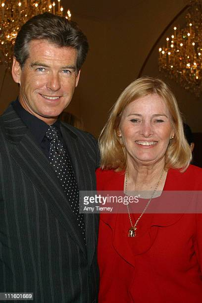 Pierce Brosnan and Darlene Reid of USC University Hospital Guild and presenter of the Celebrate Life Scholarship recognition award