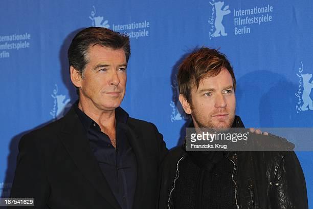 Pierce Brosnan Und Ewan Mcgregor Beim The Ghost Writer Photocall Bei Der 60 Berlinale In Berlin