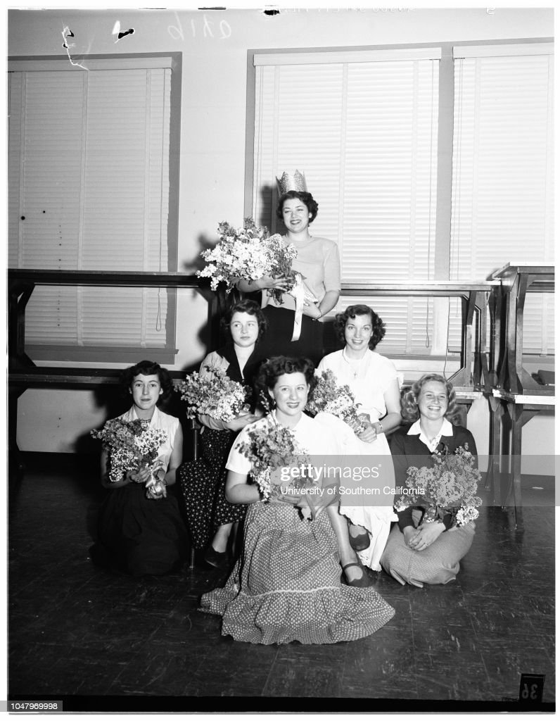 Pierce College Homecoming Week, 1951 : News Photo