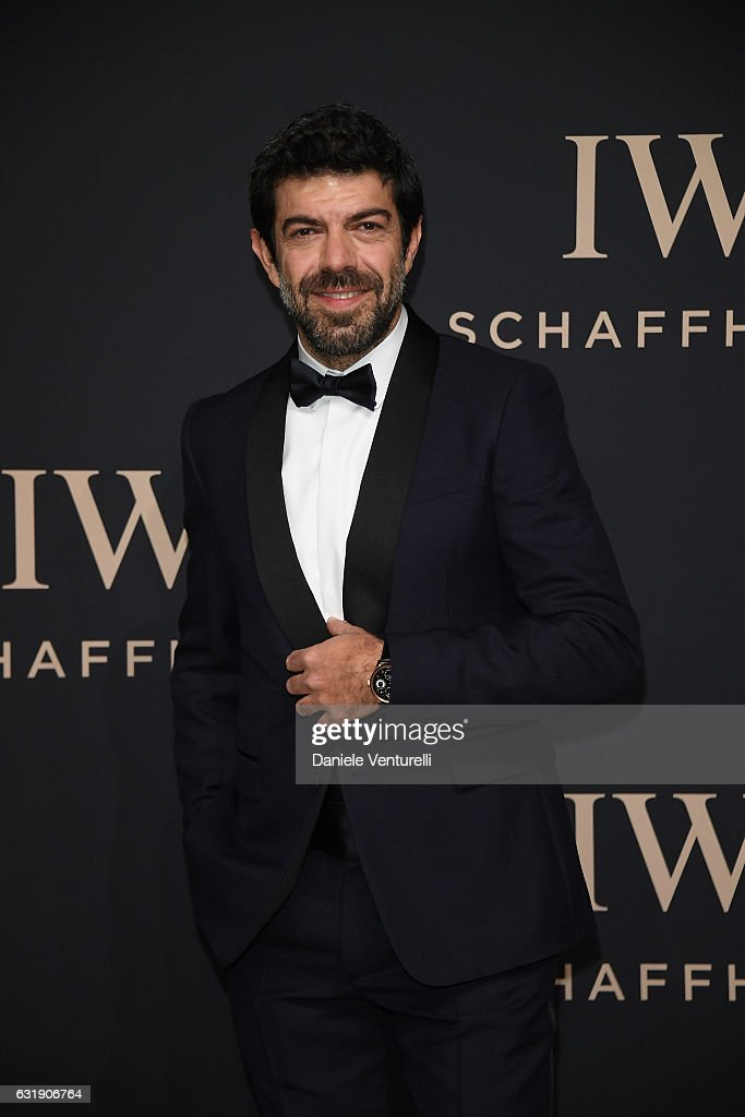 Pierfrancesco Favino arrives at IWC Schaffhausen at SIHH 2017 'Decoding the Beauty of Time' Gala Dinner on January 17, 2017 in Geneva, Switzerland.