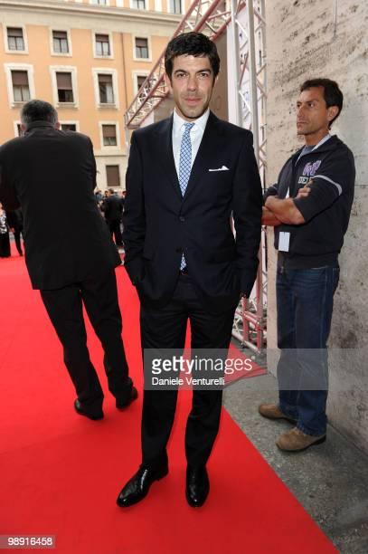 Pierfrancesco Favino attends the 'David Di Donatello' movie awards at the Auditorium Conciliazione on May 7 2010 in Rome Italy