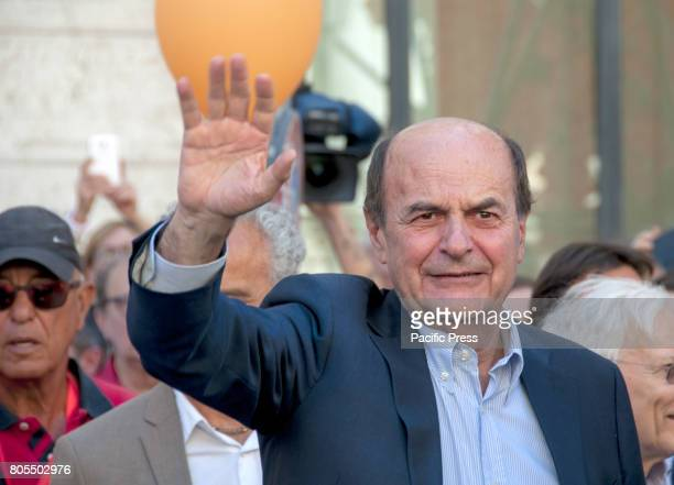 """Pierluigi Bersani with the baptism of """"Together"""", the new project of aggregating the left alternative to the Democratic Party born of the union of..."""