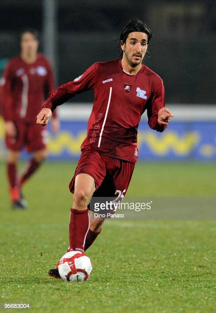 Piermario Morosini of Reggina in action during the Serie B match between Albinoleffe and Reggina at Stadio Atleti Azzurri d'Italia on January 9 2010...