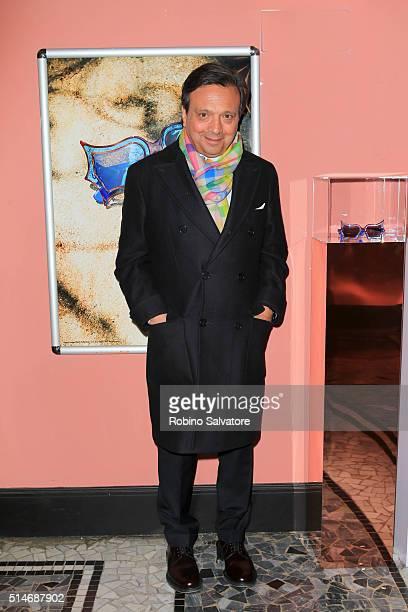 Piero Chiambretti attends 'Peggy Guggenheim Art Addict' Premiere In Milan 2016 March 10 in Milan Italy