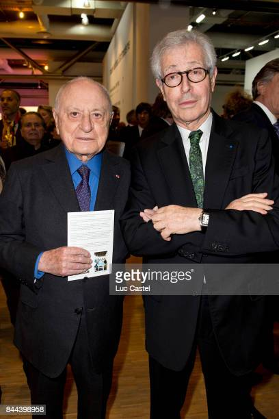 Pierre Berge and Didier Grumbach attend the Dinner of the 'Societe des Amis du Musee National d'Art Moderne du Centre Pompidou' on January 20 2015 in...