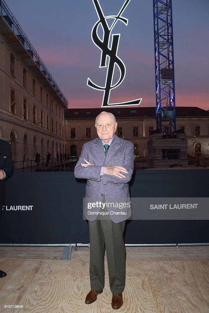 Saint Laurent : Front Row - Paris Fashion Week Womenswear Spring/Summer 2017