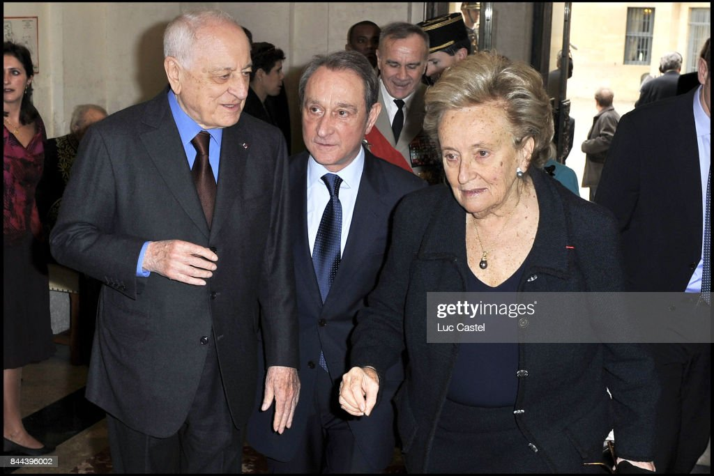 Pierre Berge, Bertrand Delanoe and Bernadette Chirac attend the Ceremony of Inclusion of Simone Veil at the 'French Academy' on March 18, 2010 in Paris, France.
