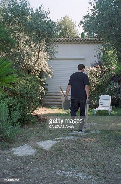 Pierre Botton Demolishes 260 M ² Of Living Surface Of His House Helen Roc In Cannes A Cannes en août 1998 l'homme d'affaires Pierre BOTTON démolit...
