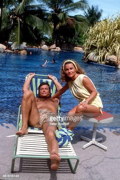 Pierre Brice Ehefrau Hella ARDSerie Schöne Ferien Folge 5 Singapur/Malaysia am Singapur