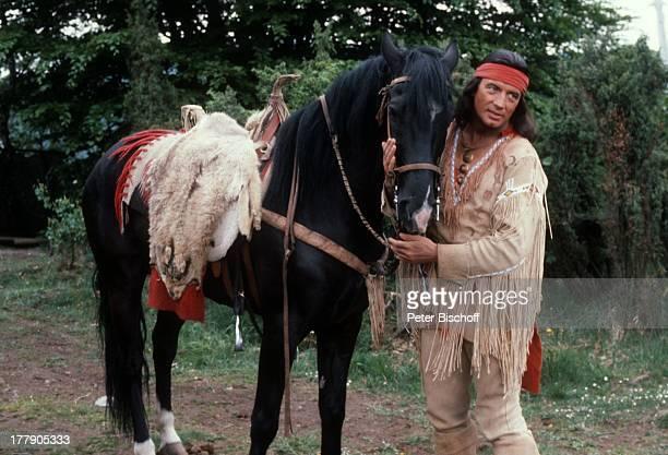 Pierre Brice Pferd Juanito Karl MayFilm Winnetou Der Schatz im Silbersee Elpse Sauerland NordrheinWestfalen Deutschland Europa Spielszene Pferd Tier...