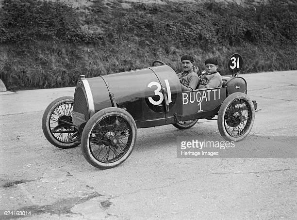 Pierre de Vizcaya in his Bugatti at the JCC 200 Mile Race, Brooklands, Surrey, 1921. Artist: Bill Brunell.Bugatti 1496 cc. Event Entry No: 31....