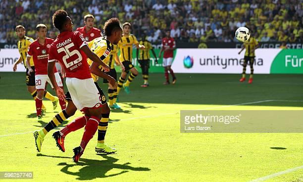 Pierre Emerick Aubameyang of Dortmund scores his teams first goal during the Bundesliga match between Borussia Dortmund and 1 FSV Mainz 05 at Signal...