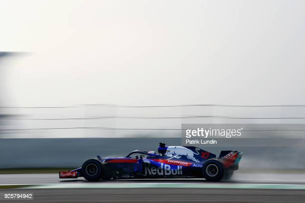 Pierre Gasly of France and Scuderia Toro Rosso driving the Scuderia Toro Rosso STR13 Honda on track during day four of F1 Winter Testing at Circuit...