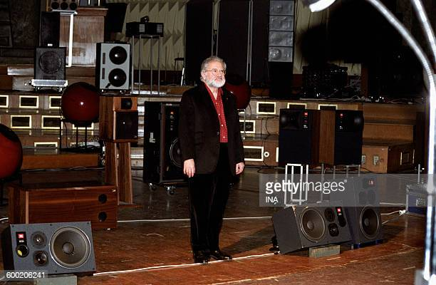 Pierre Henry on the scene of the acousmonium during a concert GRM in the Maison de Radio France