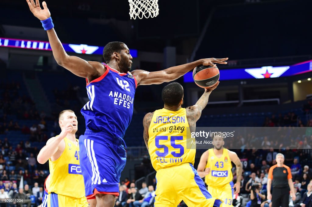 Pierre Jackson, #55 of Maccabi Fox Tel Aviv competes with Bryant Dunston, #42 of Anadolu Efes Istanbul during the 2017/2018 Turkish Airlines EuroLeague Regular Season Round 25 game between Anadolu Efes Istanbul and Maccabi Fox Tel Aviv at Sinan Erdem Dome on March 8, 2018 in Istanbul, Turkey.