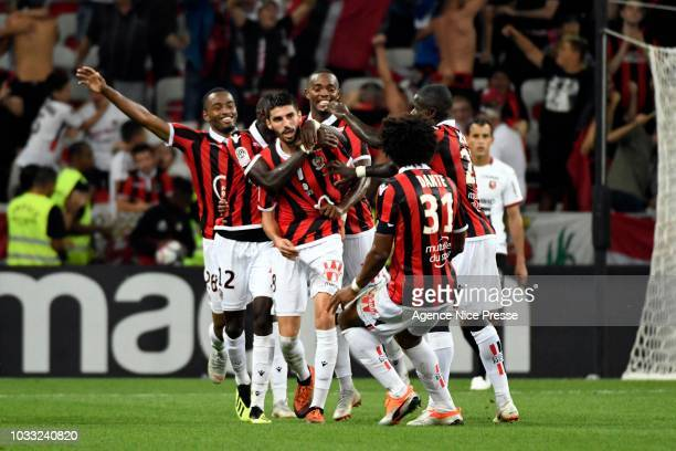 Pierre LeesMelou of Nice celebrates his goal with teammates during the French Ligue 1 match between OGC Nice v Stade Rennais on September 14 2018 in...
