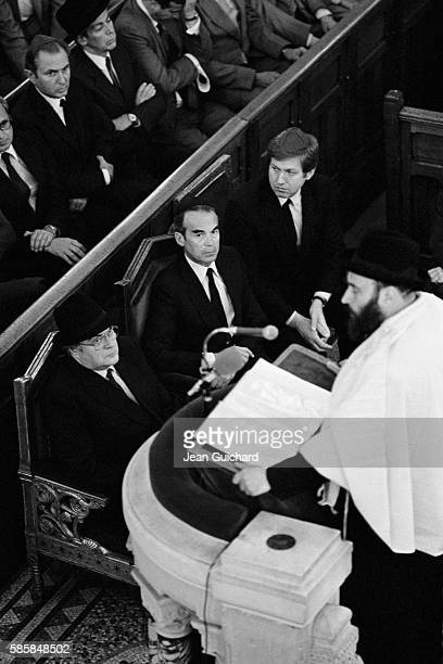 Pierre Mauroy and Robert Badinter attend a service at the Paris Synagogue in memory of people injured during an antisemitic attack at Rue des Rosiers.