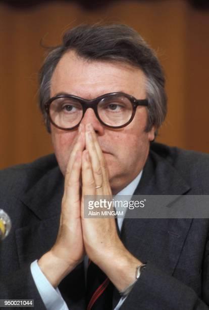 Pierre Mauroy lors d'un congrès circa 1980 France