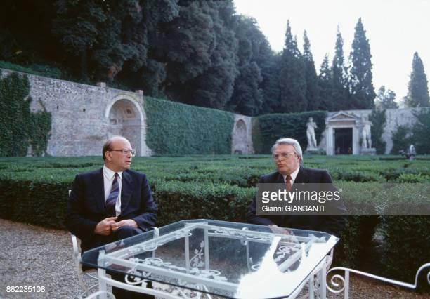 Pierre Mauroy rencontre le président italien Bettino Craxi à Rome le 1er juin 1981 Italie