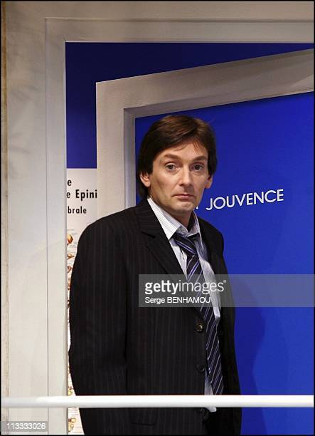 Pierre Palmade And Isabelle Mergault Play Si C'Etait A Refaire Directed By Jean Luc Moreau On September 21St 2005 In Paris France Here Pierre Palmade
