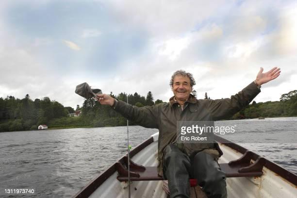 Pierre Perret, Auteur-compositeur-interprète, photographié près de chez lui, en Irlande, 2006