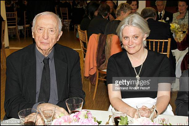 Pierre Soulages Madame Francois Fillon Penelope at The Gala Dinner For The Society Of Friends Of The National Museum Of Modern Art Held At The...