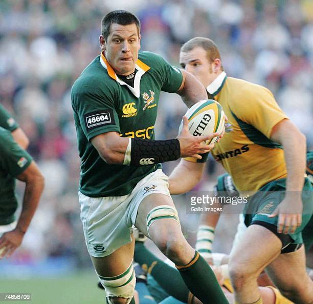 Pierre Spies of South Africa runs with the ball during the 2007 Tri Nations match between South Africa and Australia at Newlands Stadium on June 16,...