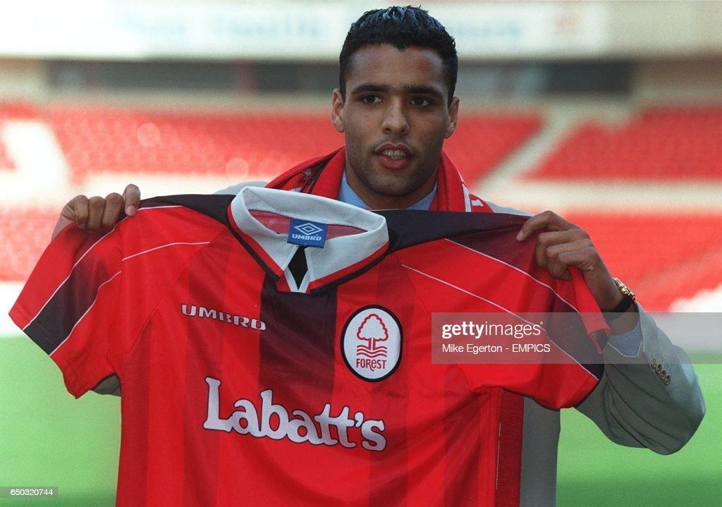 Carling Premiership Soccer - Nottingham Forest sign Van Hooydonk : News Photo