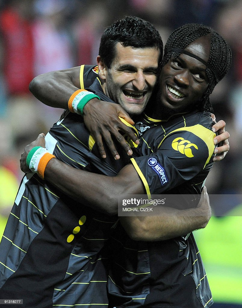 Pierre-Alain Frau of Lille (l) celebrates with his teammate Gervinho after he scored during the UEFA Europa League Group B football match between Slavia Prague and Lille on October 1, 2009 in Prague.