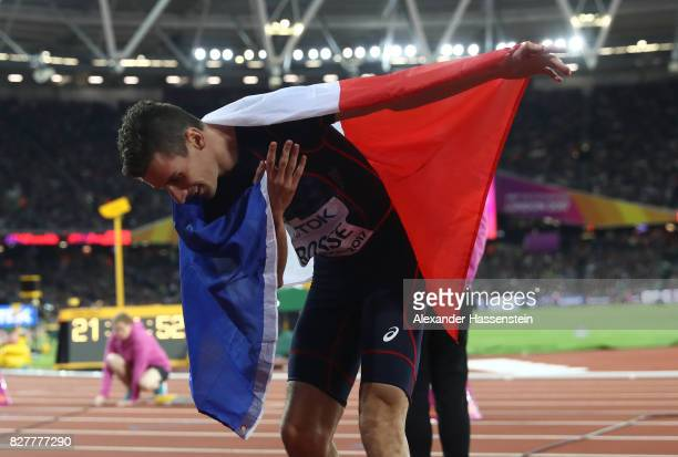 Pierre-Ambroise Bosse of France celebrates after winning the Men's 800 metres final during day five of the 16th IAAF World Athletics Championships...