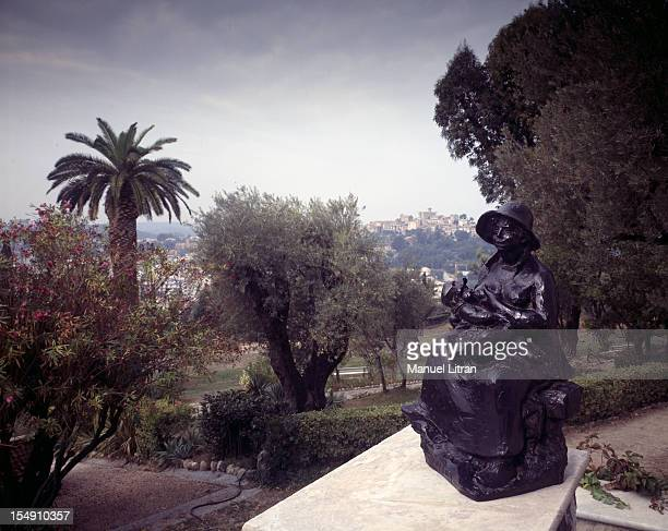 PierreAuguste Renoir bought property has Collettes CagnessurMer in June 1907 He built an exceptional residence by architect Febre and makes his...