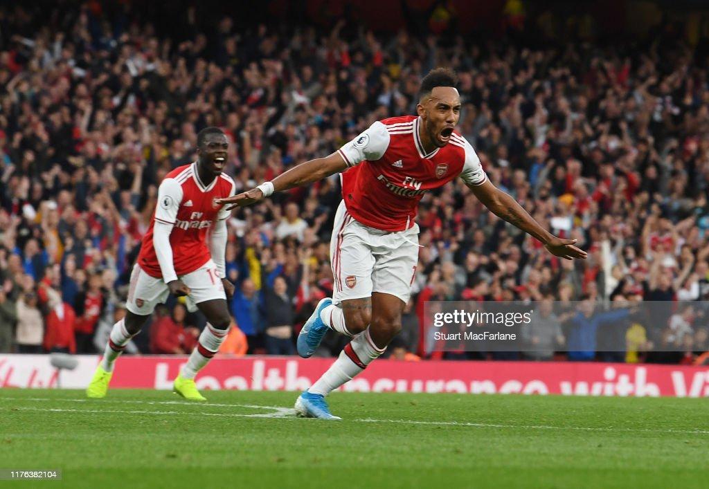 Arsenal FC v Aston Villa - Premier League : ニュース写真