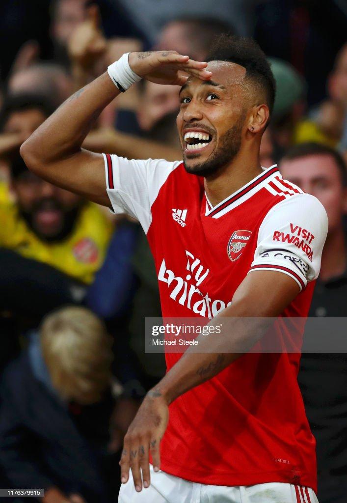 Arsenal FC v Aston Villa - Premier League : News Photo