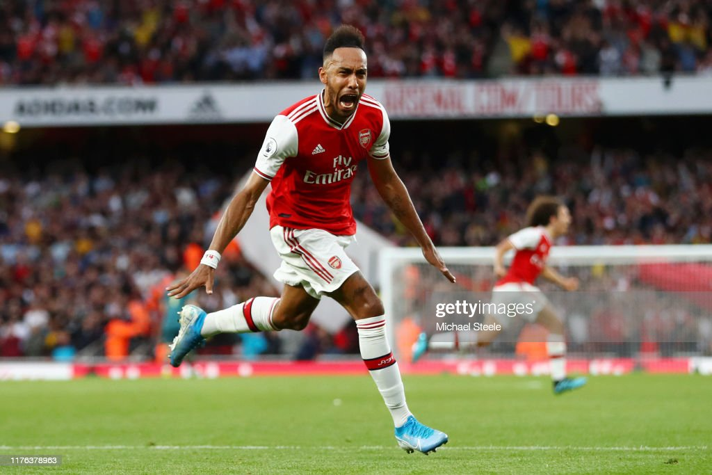 Arsenal FC v Aston Villa - Premier League : News Photo